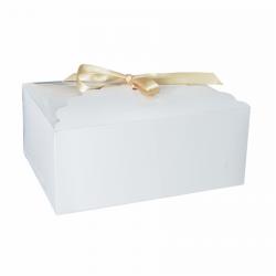 Pudełko na ciasto dla gości ze wstążką 19x14cm